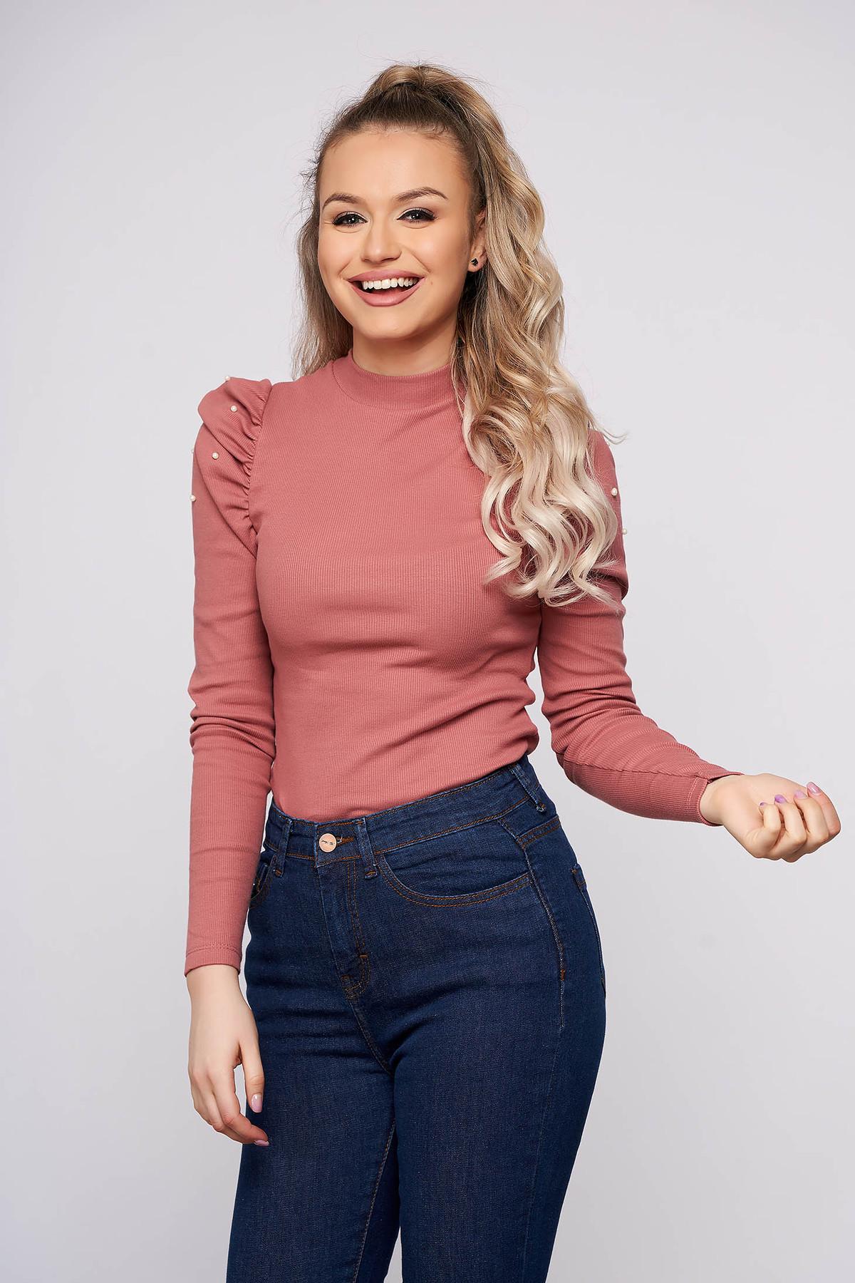 Bluza dama SunShine roz prafuit mulata scurta pe gat din material reiat cu umeri cu volum