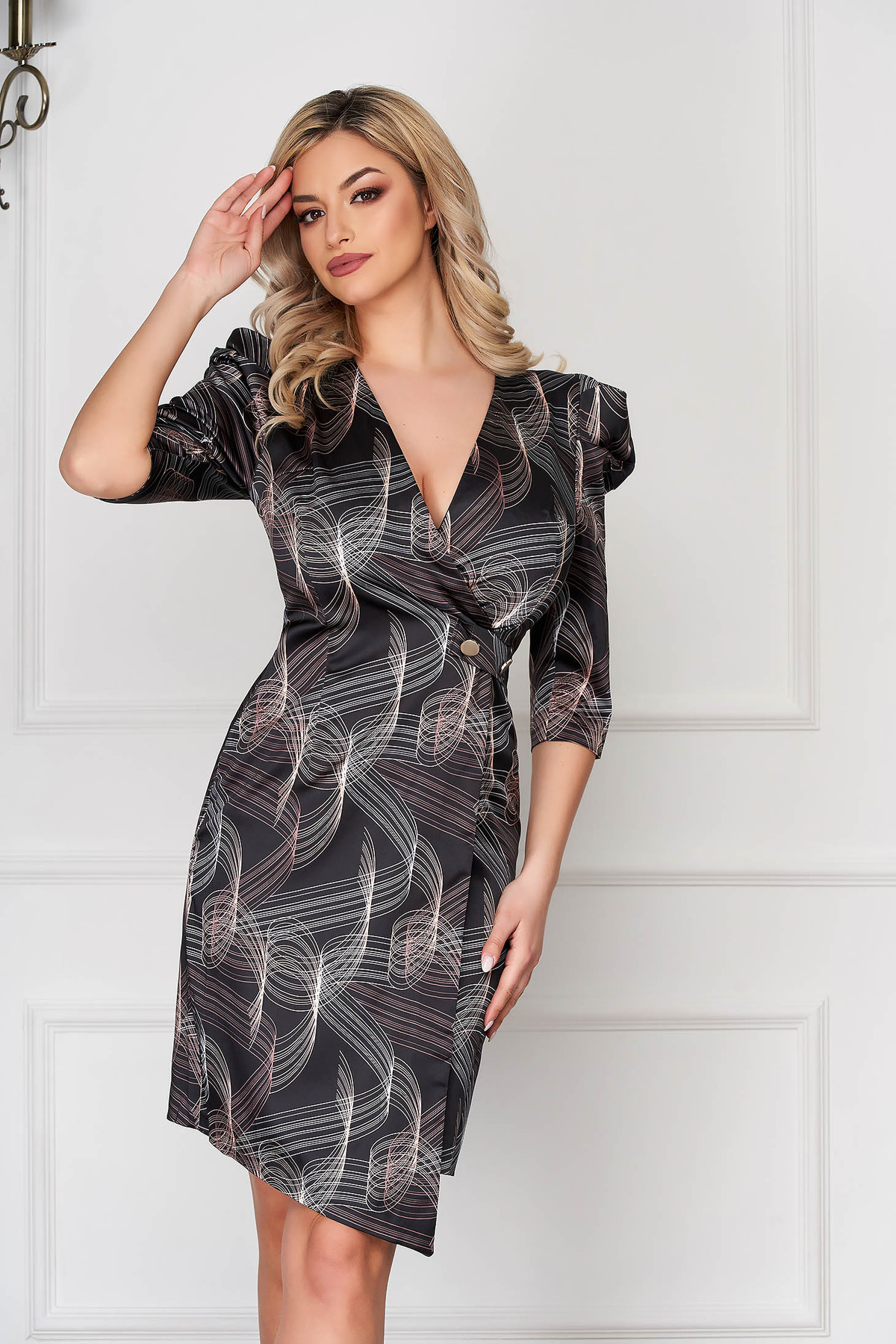 Rochie neagra eleganta midi asimetrica si petrecuta cu umeri cu volum