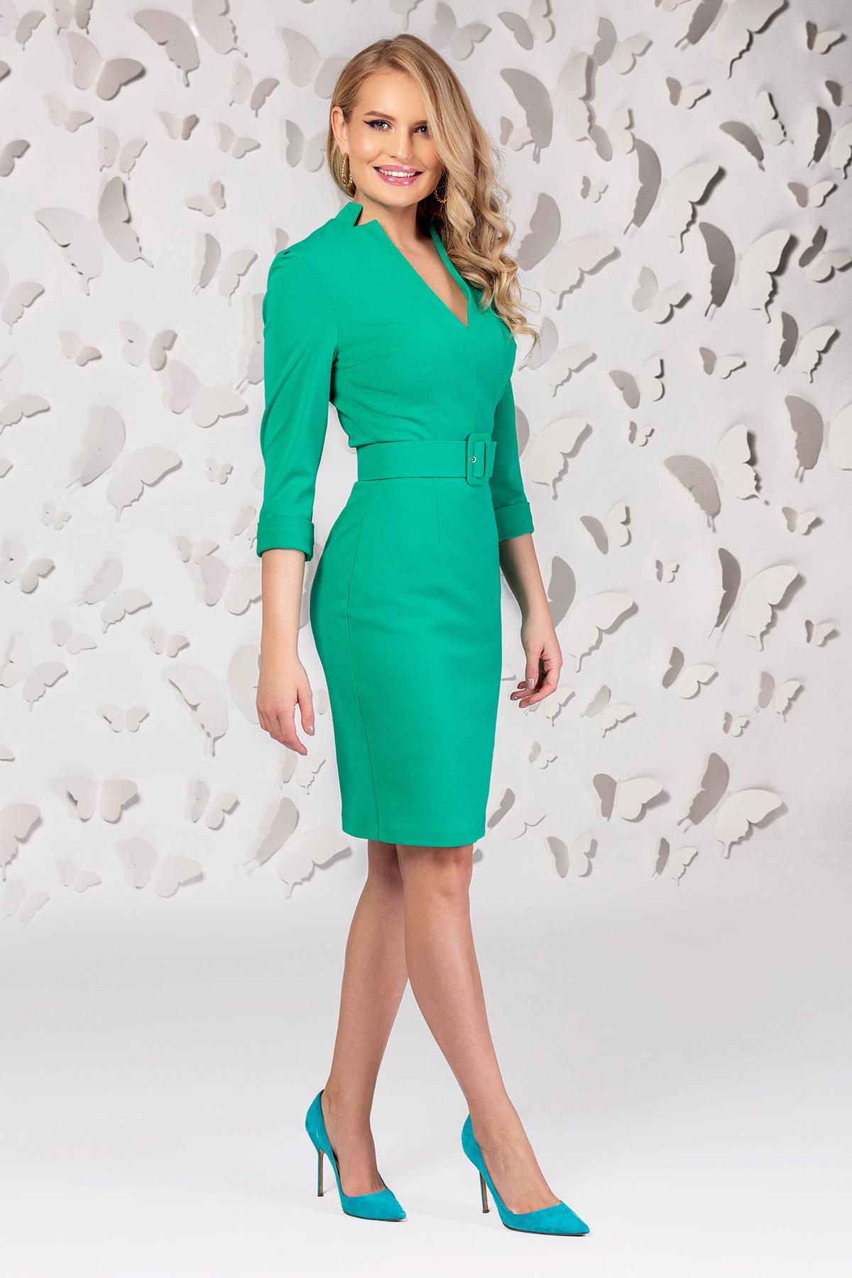 Rochie PrettyGirl verde din stofa subtire usor elastica cu decolteu in v si accesoriu tip curea