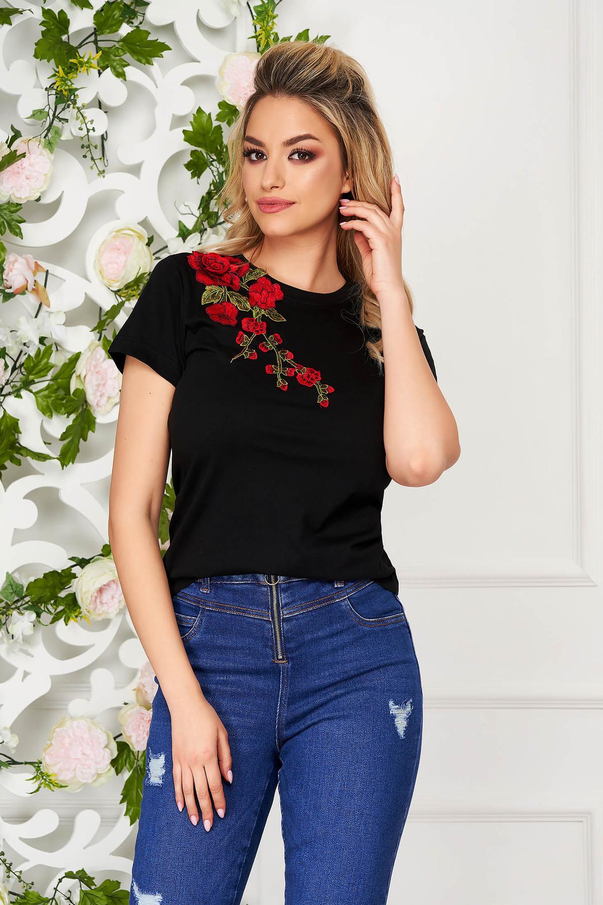 Tricou StarShinerS negru casual cu croi larg cu maneci scurte si broderie florala