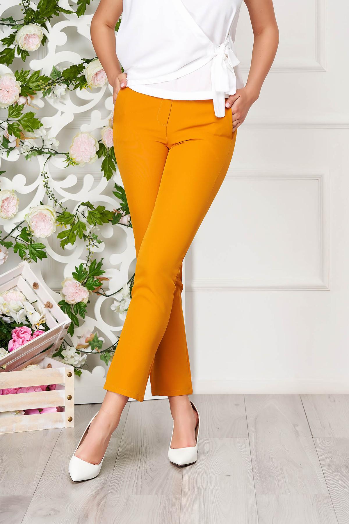 Pantaloni SunShine mustarii office din stofa cu un croi drept cu buzunare imagine