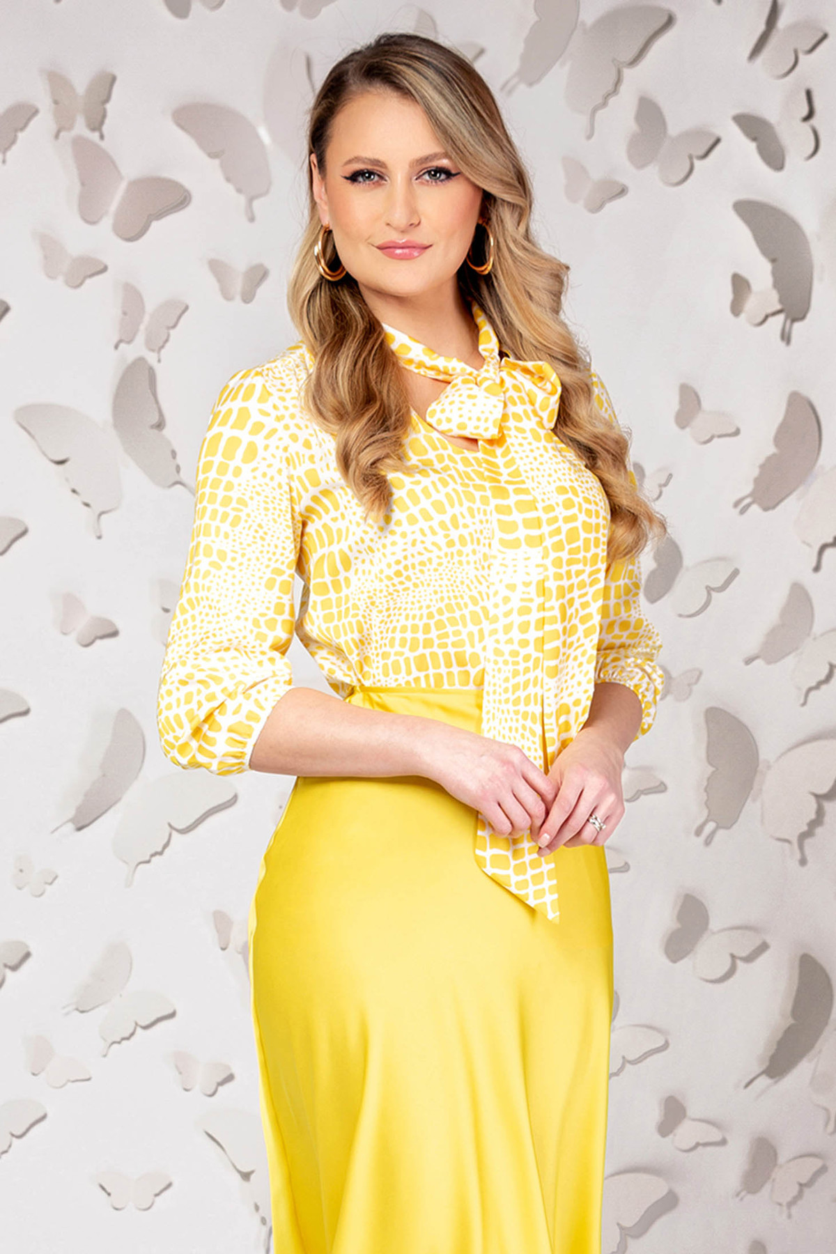 Bluza dama PrettyGirl galbena eleganta din satin cu croi larg si maneci trei-sferturi imagine