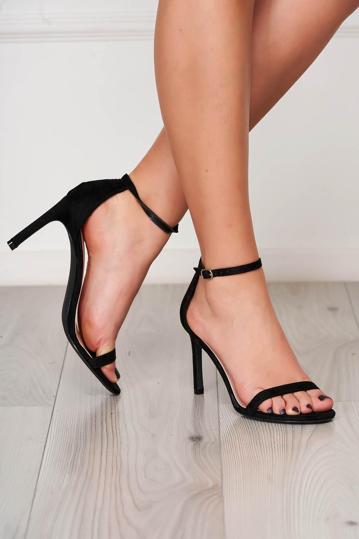 Sandale negre elegante cu barete subtiri din material catifelat