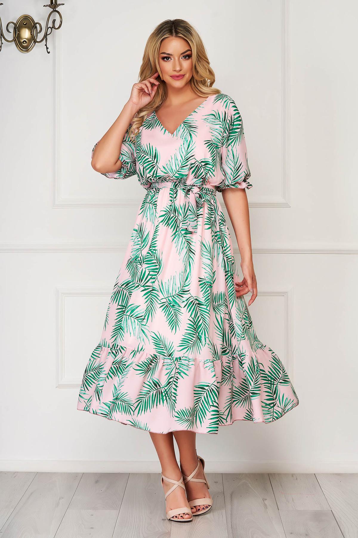 Rochie roz deschis de zi midi cu decolteu in v din voal cu volanase la baza rochiei