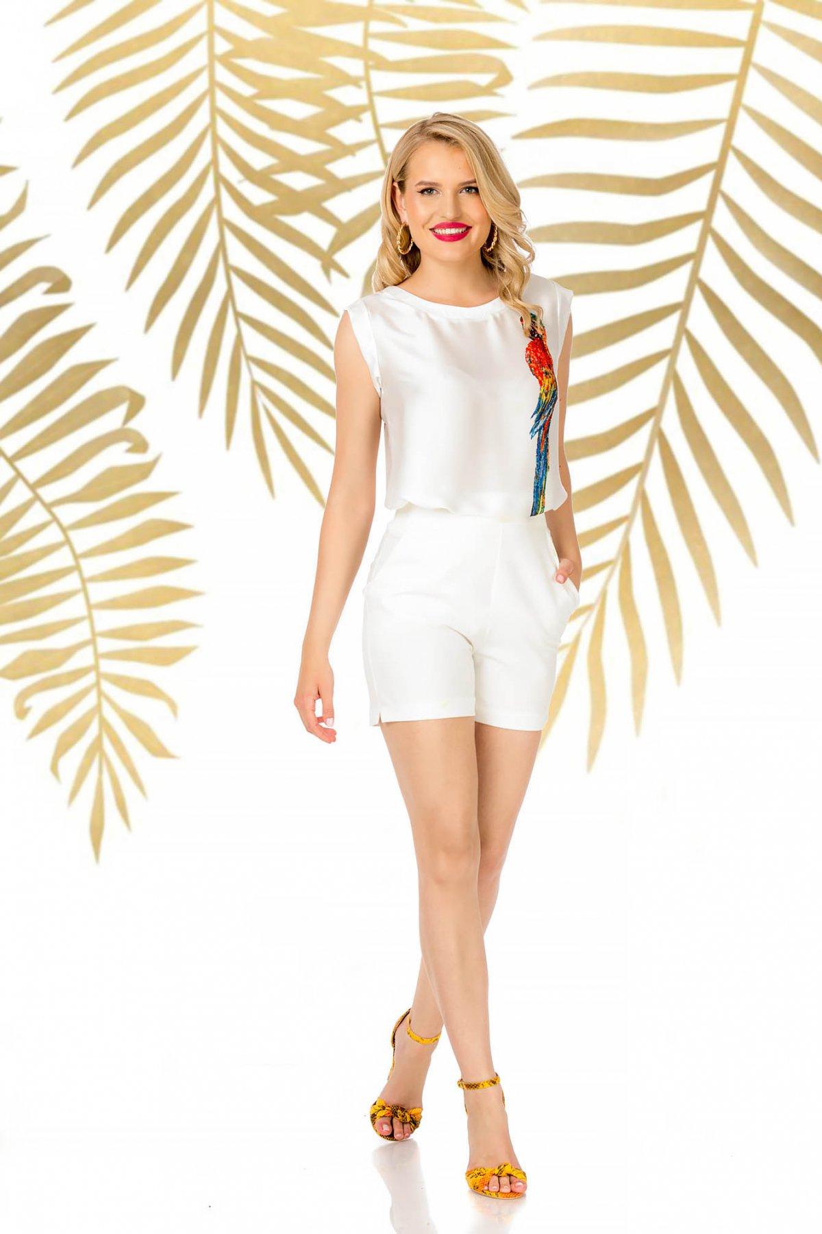 Pantalon scurt PrettyGirl alb elegant cu talie inalta cu un croi mulat cu buzunare imagine