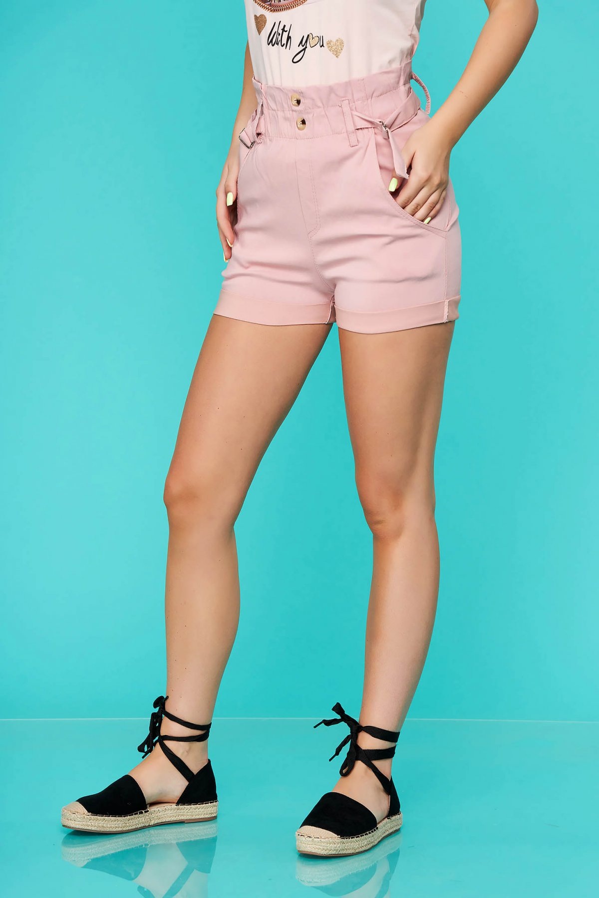 Pantalon scurt SunShine roz prafuit casual mulat cu talie inalta si buzunare