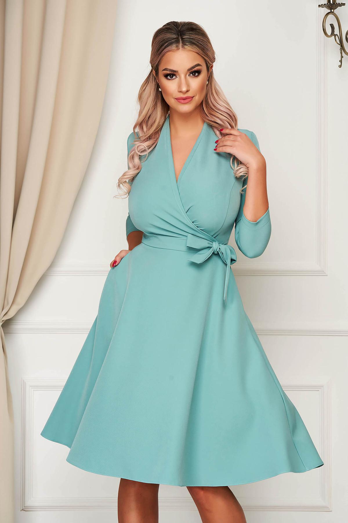 Rochie StarShinerS turcoaz eleganta midi in clos din stofa usor elastica cu buzunare