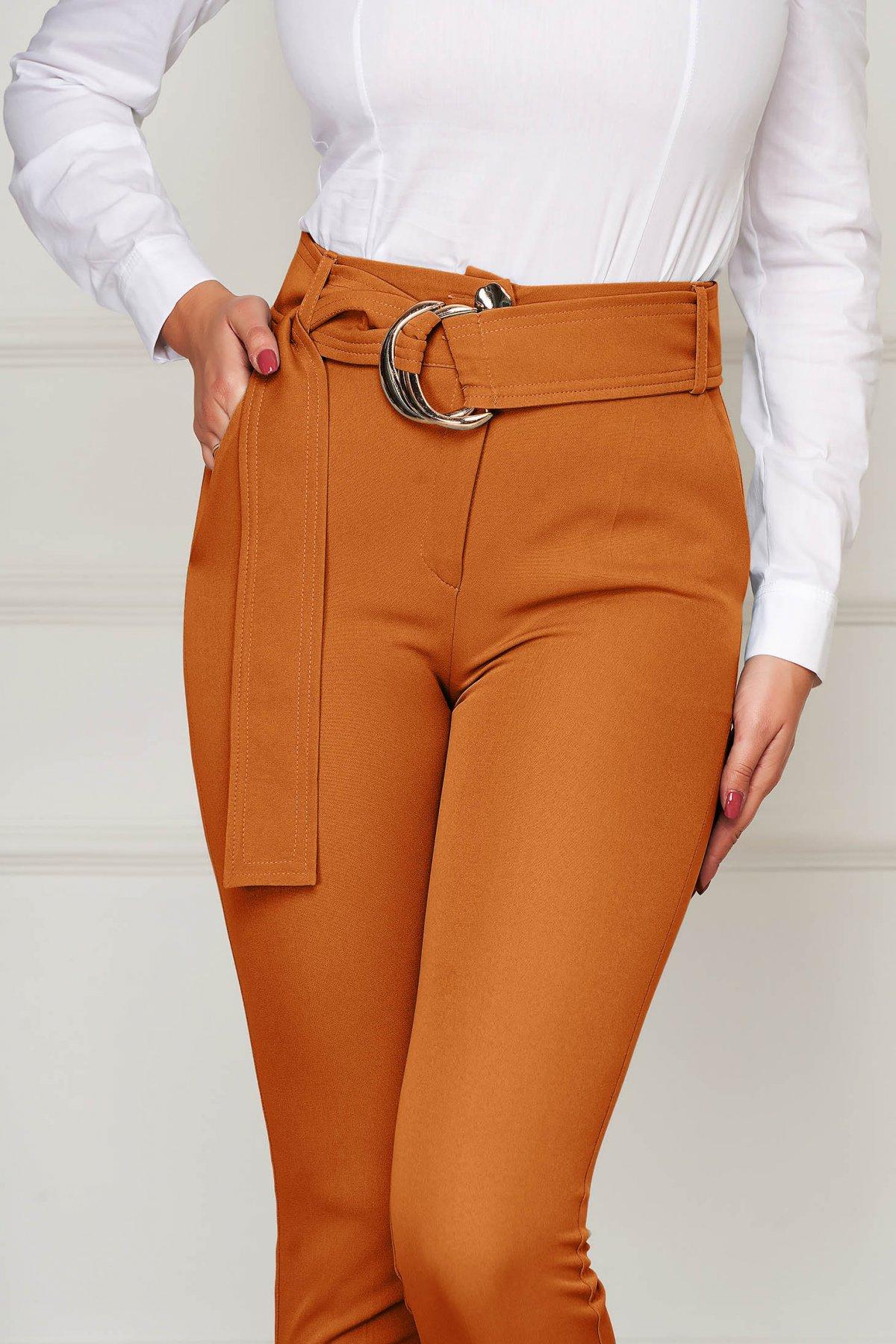 Pantaloni PrettyGirl caramizii eleganti conici cu talie inalta din stofa usor elastica