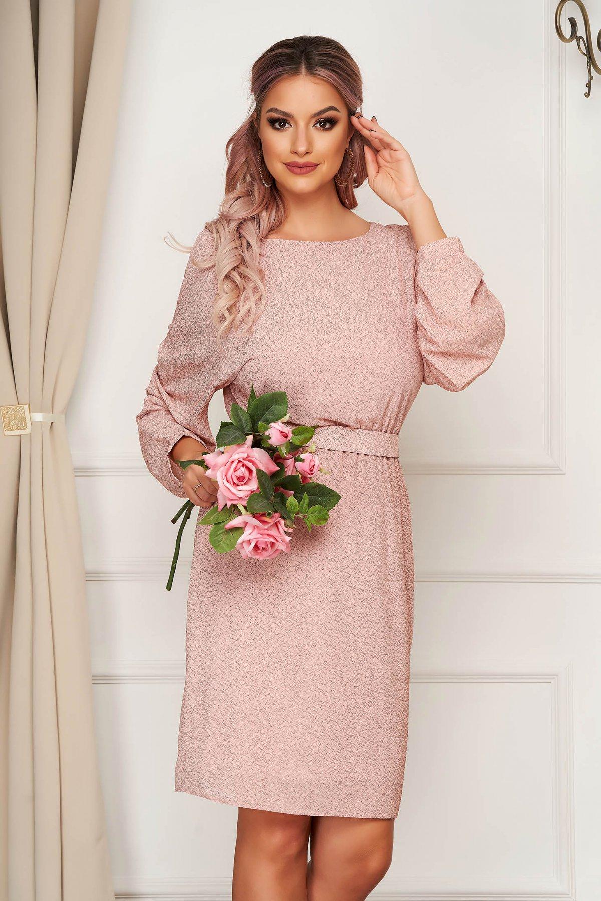 Rochie StarShinerS roz prafuit midi eleganta din voal cu sclipici si maneci largi - medelin.ro
