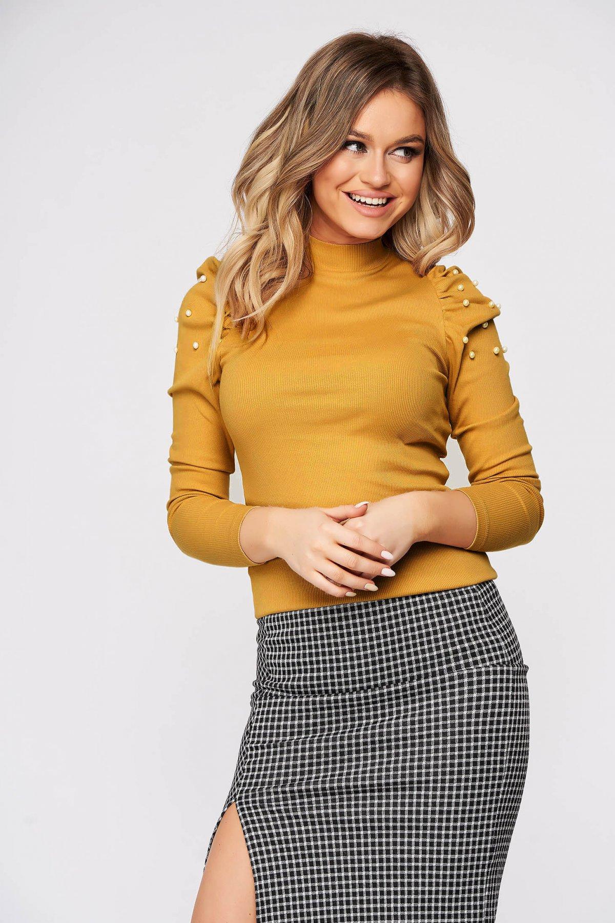 Bluza dama SunShine mustarie mulata scurta pe gat din material reiat cu umeri cu volum imagine