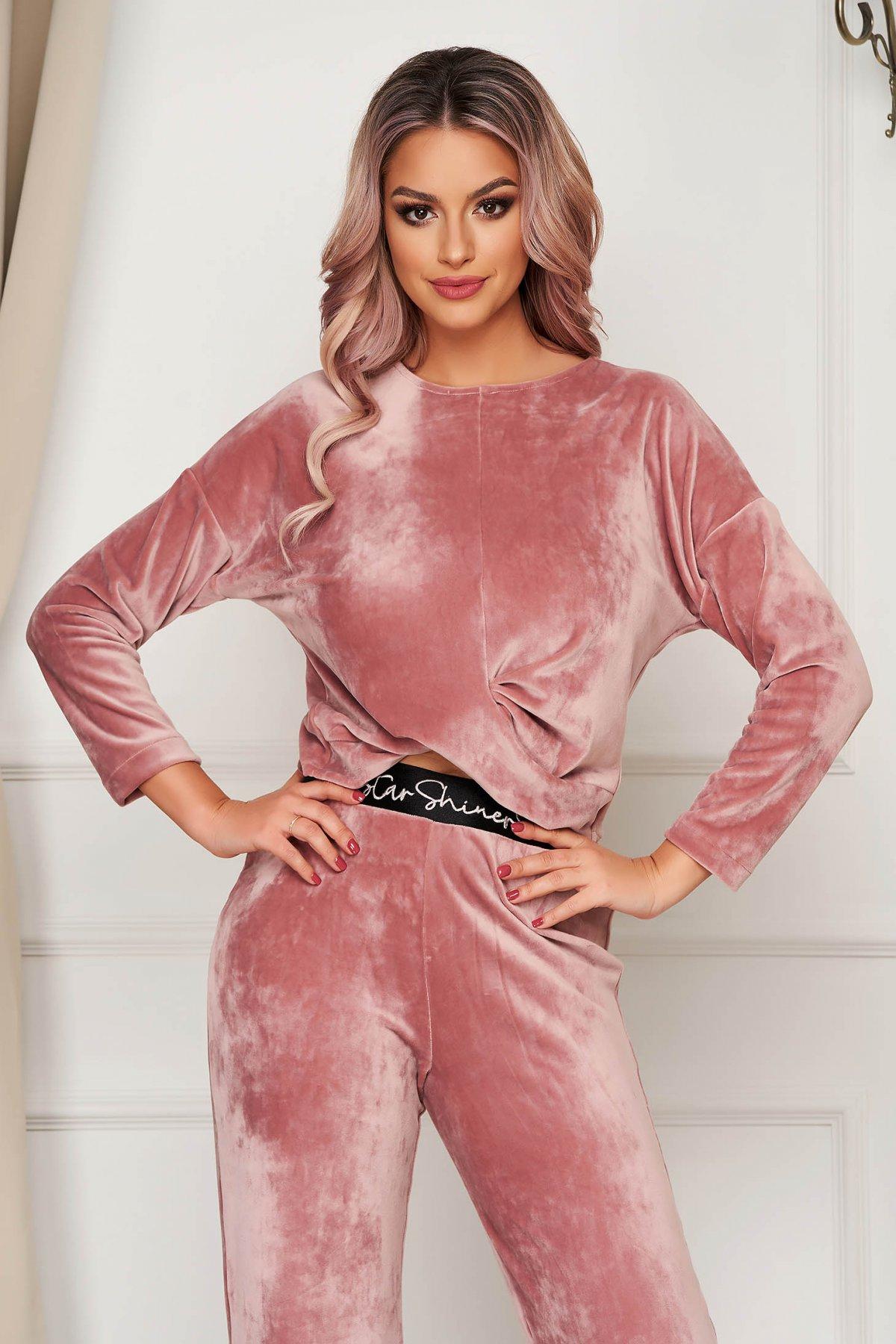 Bluza dama StarShinerS roz prafuit casual scurta cu croi larg din catifea imagine
