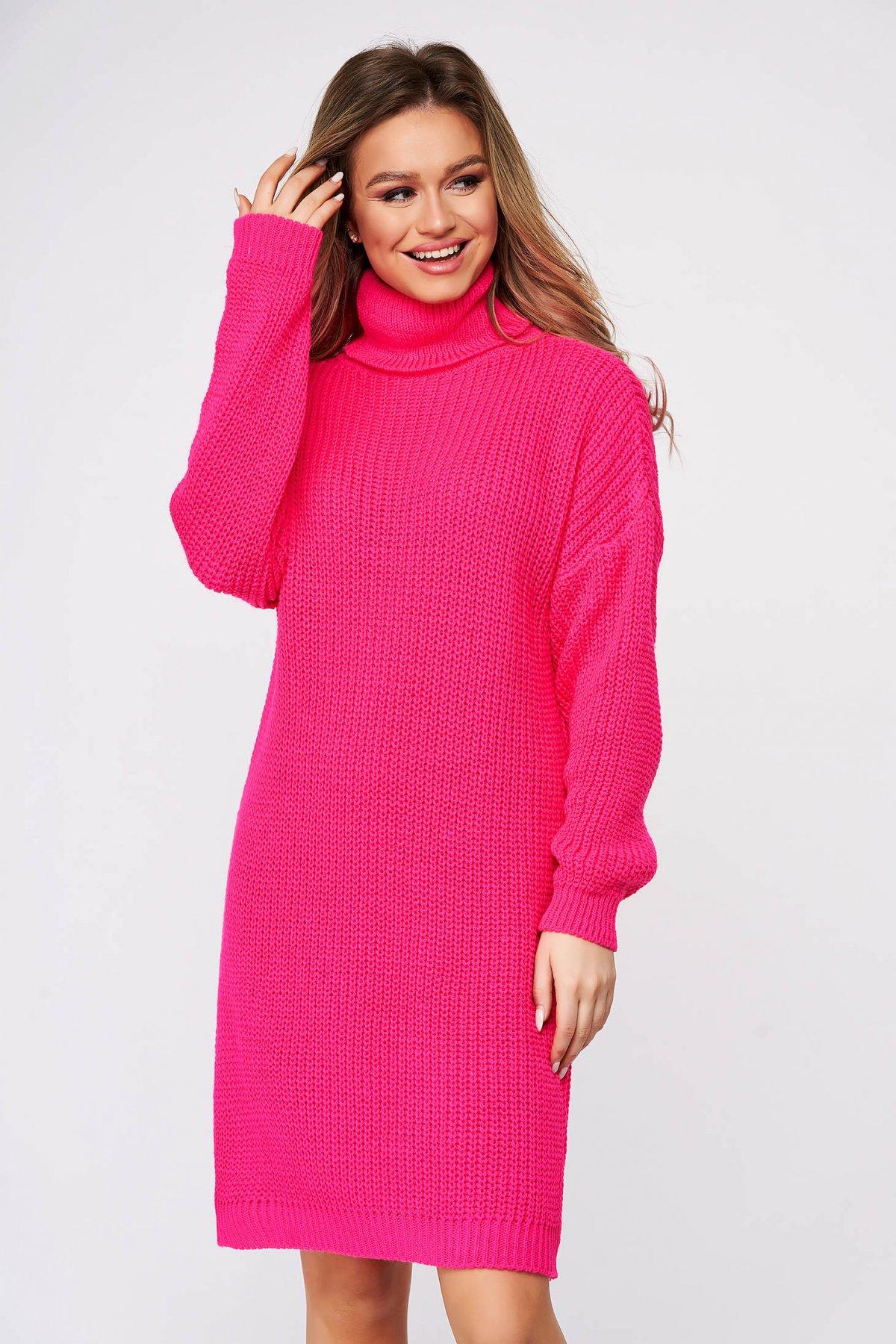 Rochie SunShine casual roz din material tricotat pe gat cu croi larg SunShine