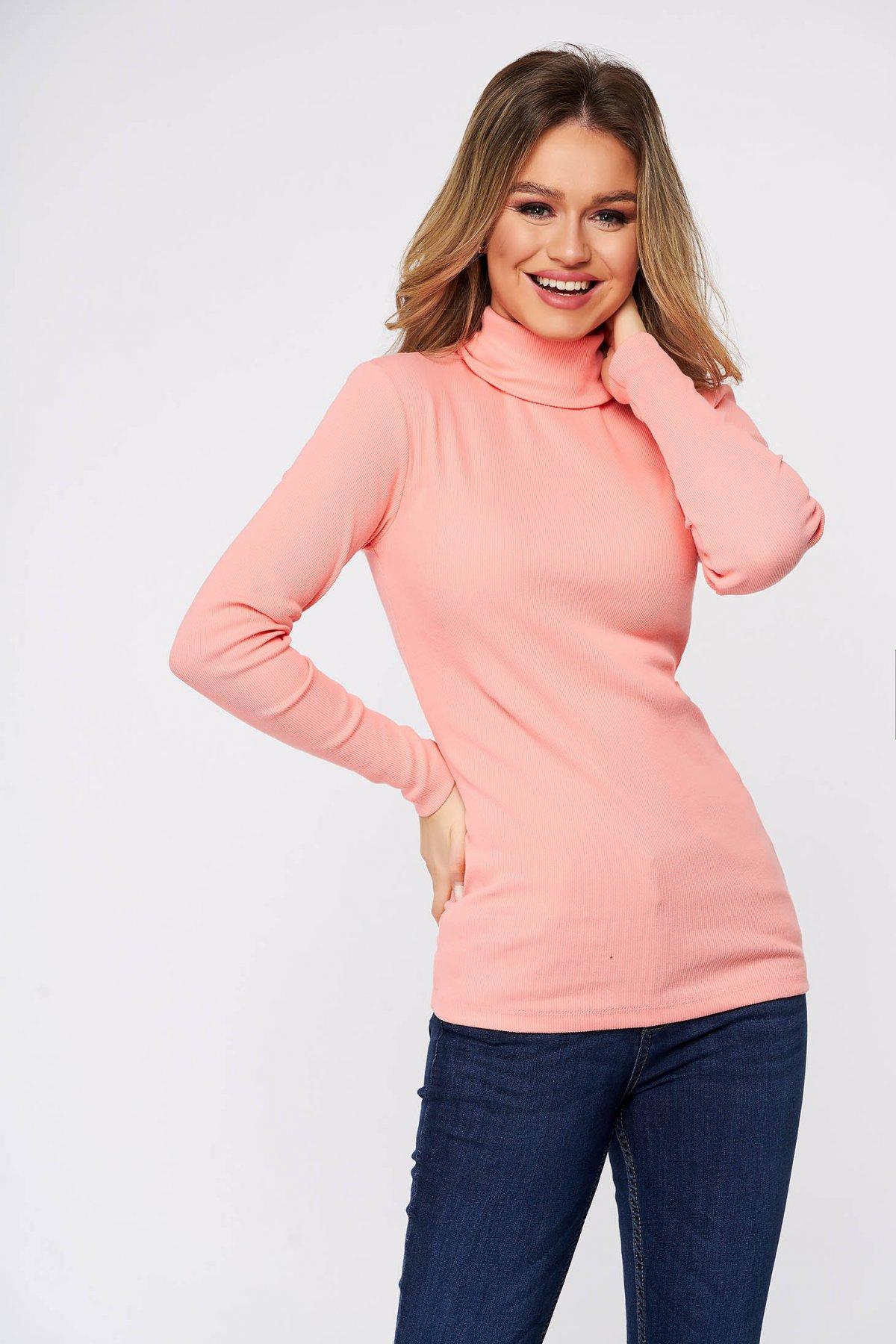 Bluza dama SunShine roz din bumbac elastic reiat pe gat cu un croi mulat