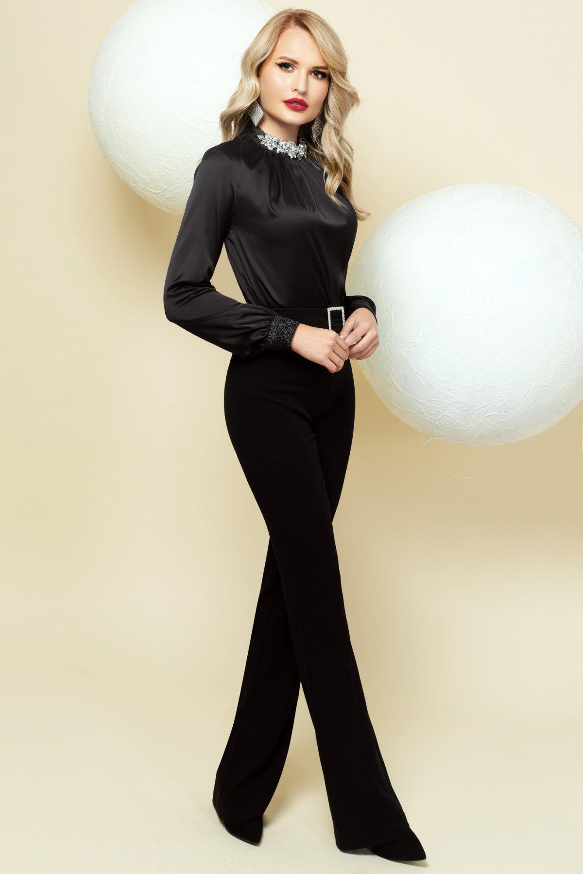 Bluza dama PrettyGirl neagra din satin de ocazie cu accesoriu tip colier imagine