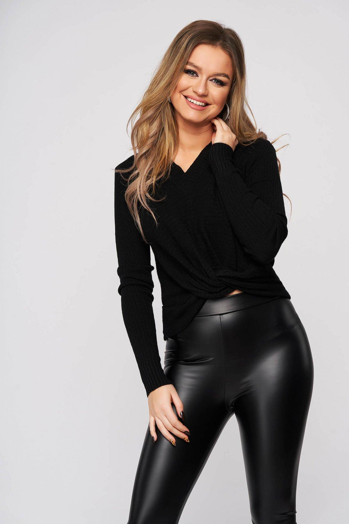 Bluza dama SunShine neagra din material reiat cu decolteu in v cu nod rasucit in talie si croi larg