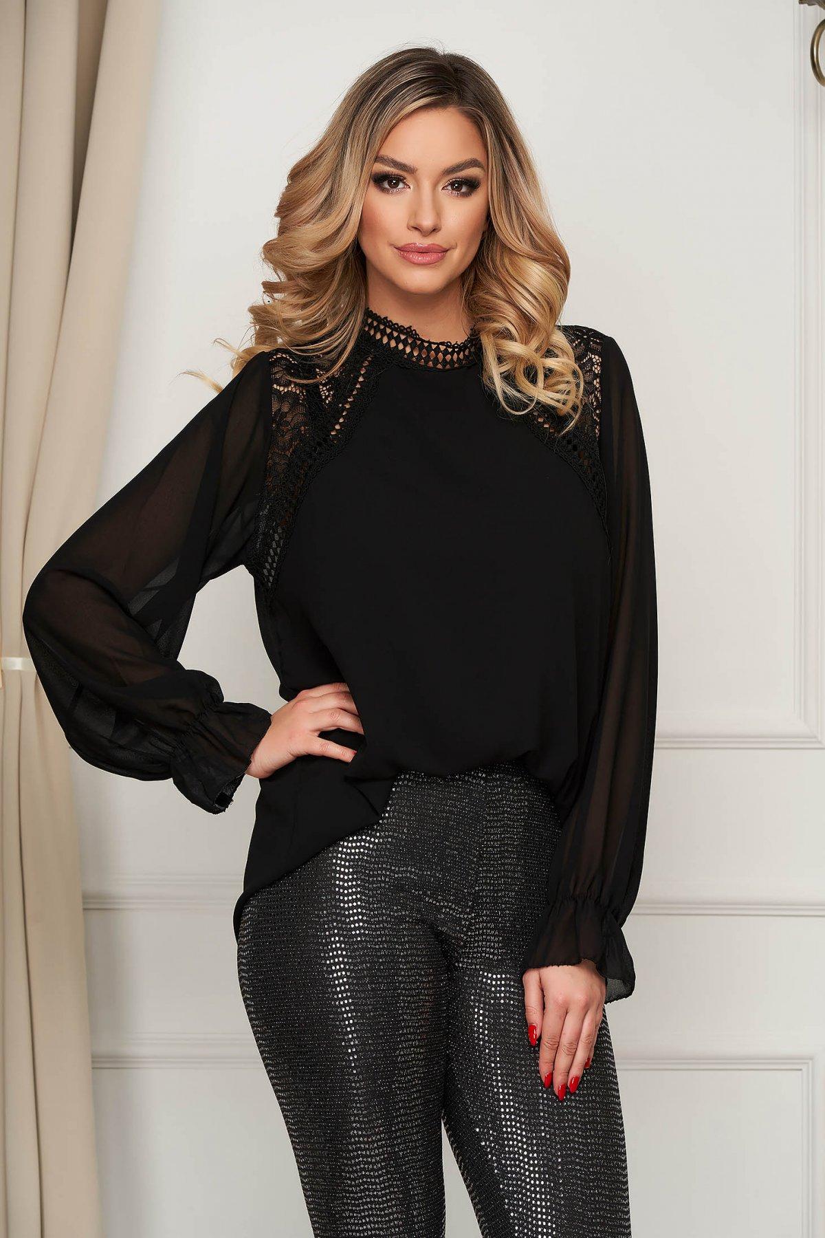 Bluza dama neagra eleganta scurta cu croi larg si aplicatii de dantela
