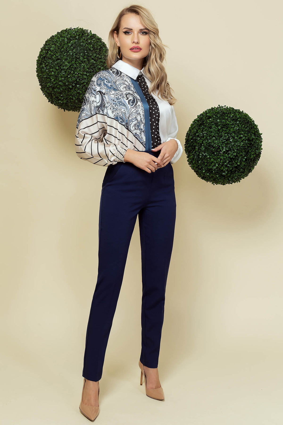 Pantaloni PrettyGirl albastru-inchis office conici din material usor elastic cu talie inalta