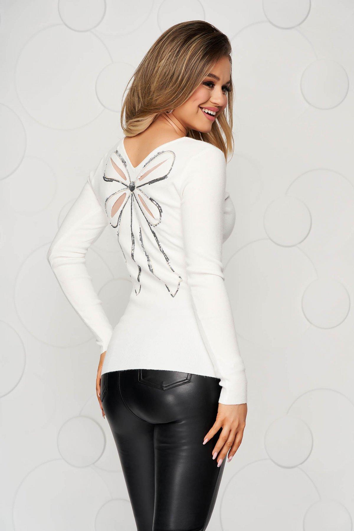Bluza dama SunShine alba din tricot reiat elastic si fin cu aplicatii cu paiete