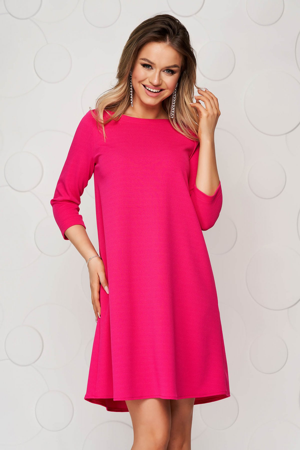 Rochie StarShinerS roz scurta de zi din material elastic cu croi larg - medelin.ro