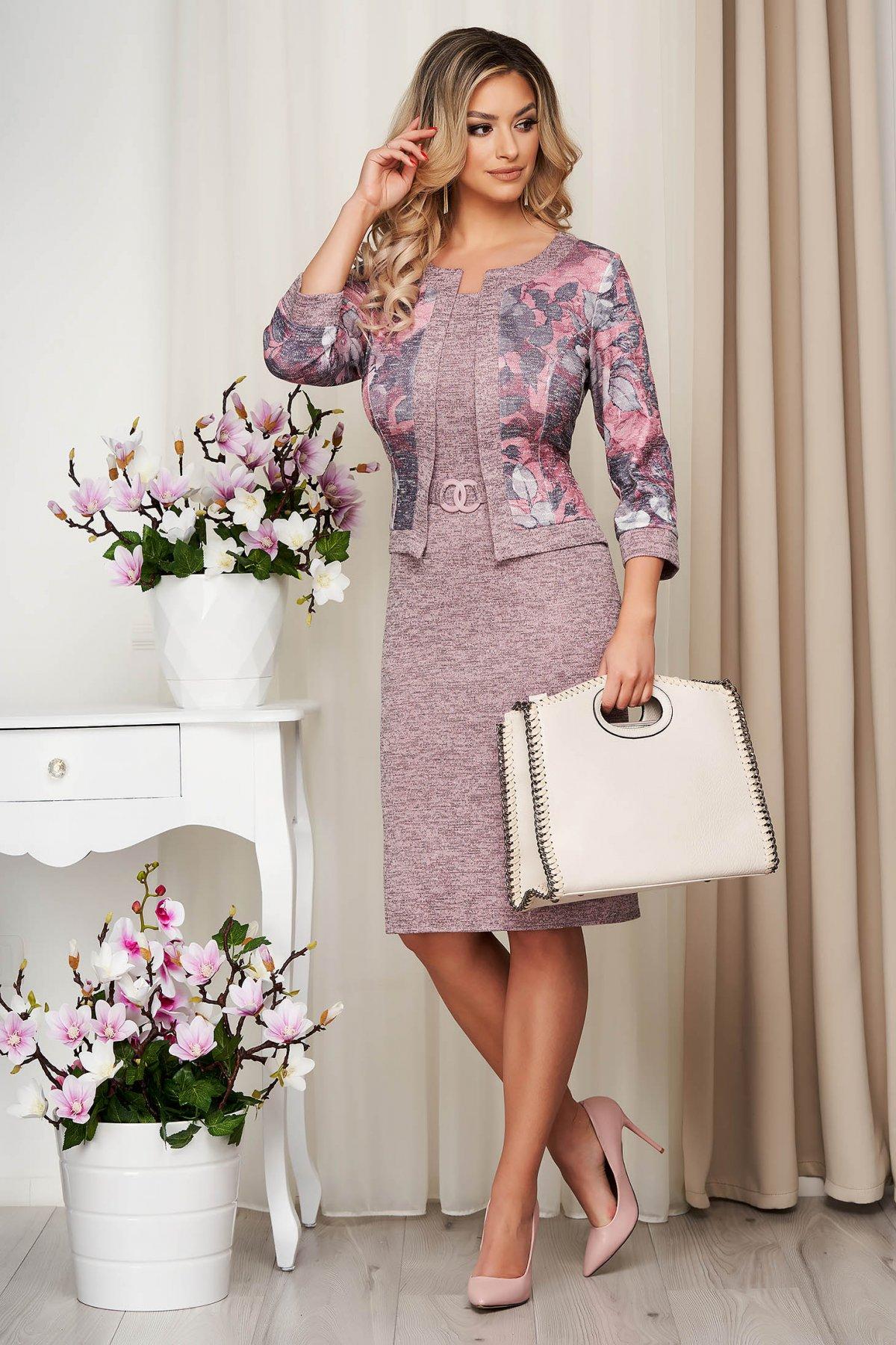 Rochie Lady Pandora Roz Din Material Elastic Tricotata Tip Creion Cu Cardigan Fals