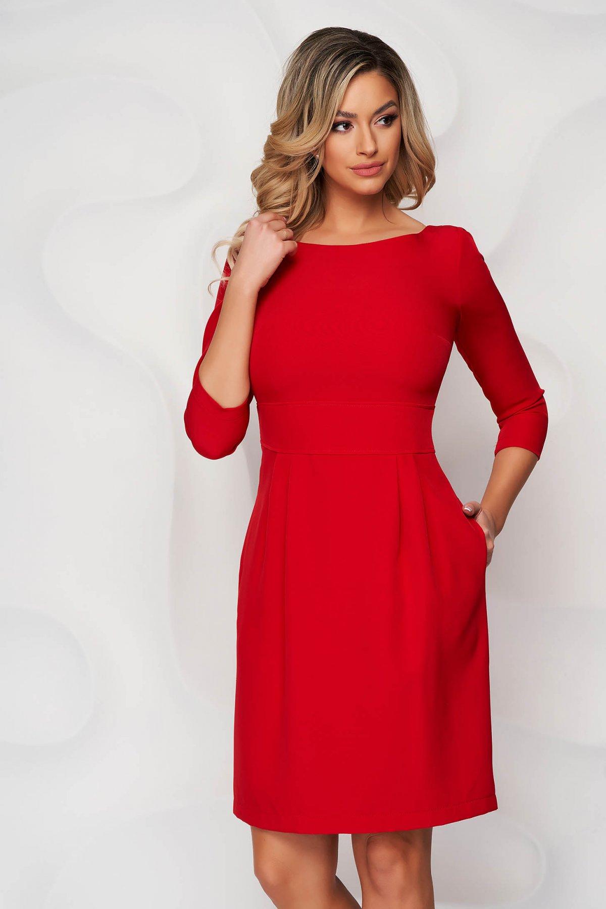 Rochie StarShinerS rosie scurta din stofa usor elastica cu croi in a si buzunare - medelin.ro