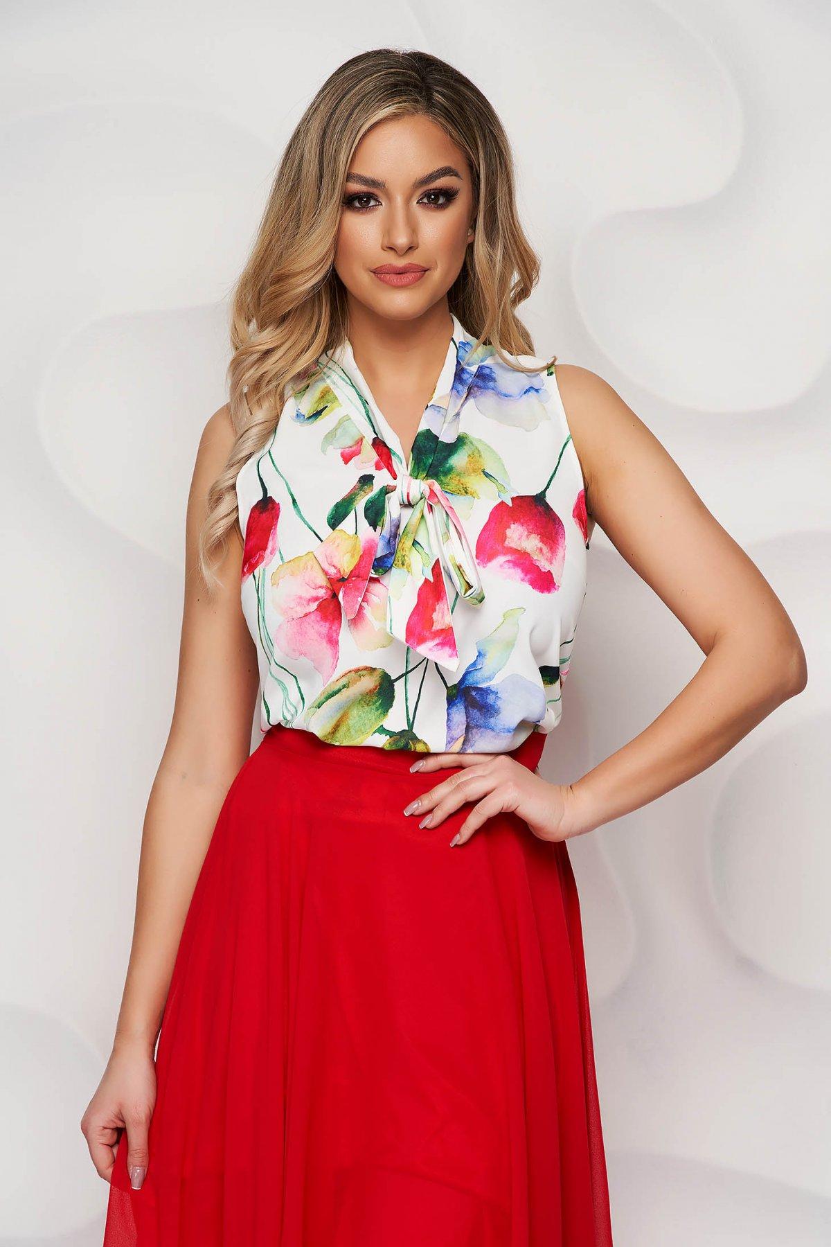 Bluza dama StarShinerS ivoire cu imprimeu floral din material vaporos cu guler tip esarfa