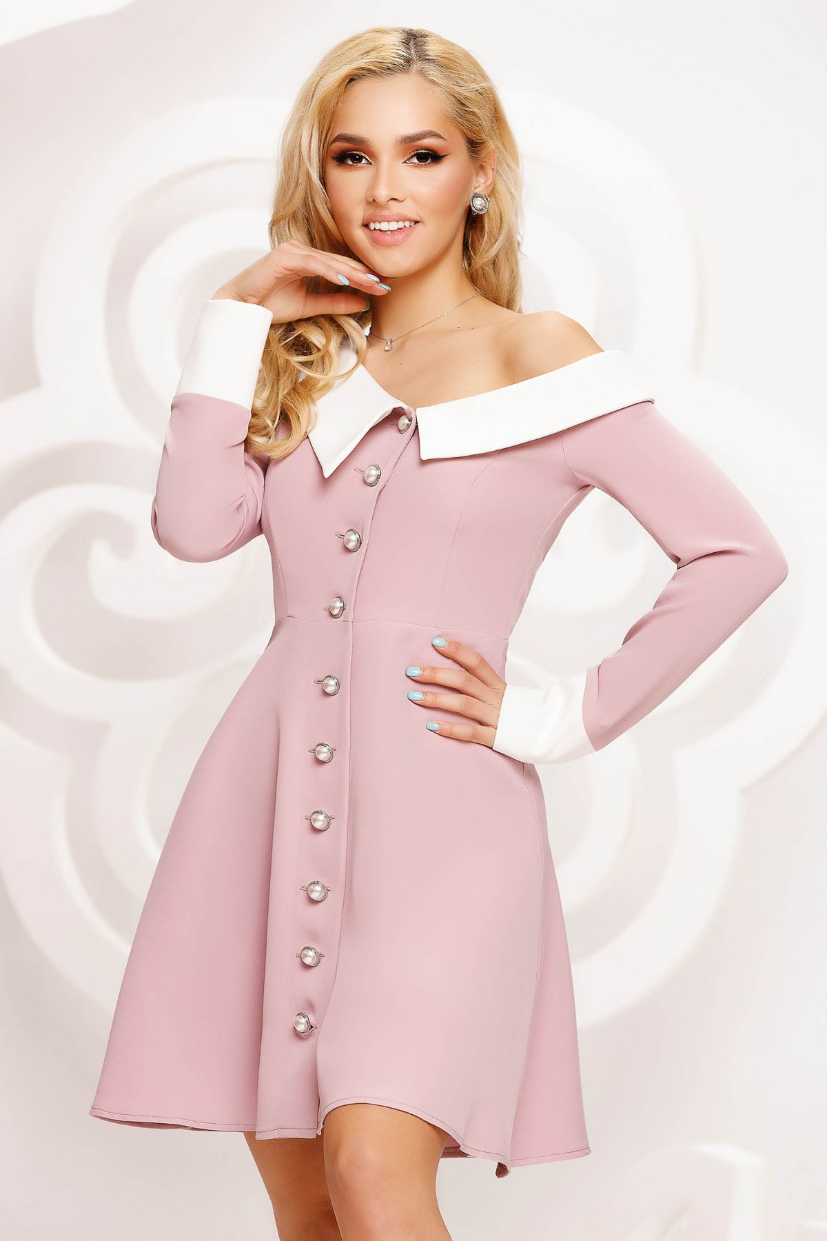 Rochie Artista roz prafuit de ocazie in clos pe umar accesorizata cu nasturi si guler - medelin.ro