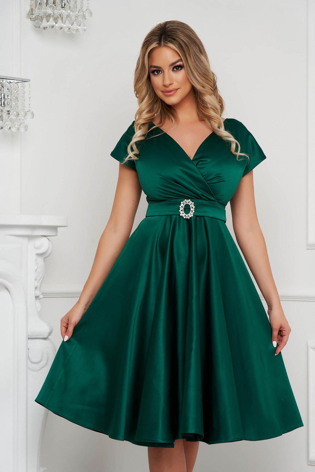 Rochie PrettyGirl verde eleganta midi in clos decolteu petrecut - medelin.ro