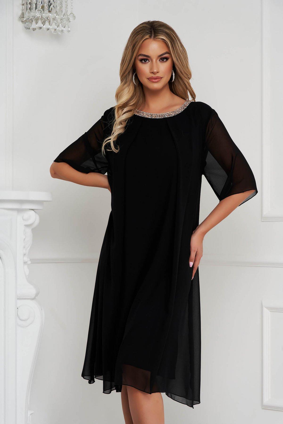 Rochie neagra din voal cu croi larg midi eleganta cu aplicatii cu pietre