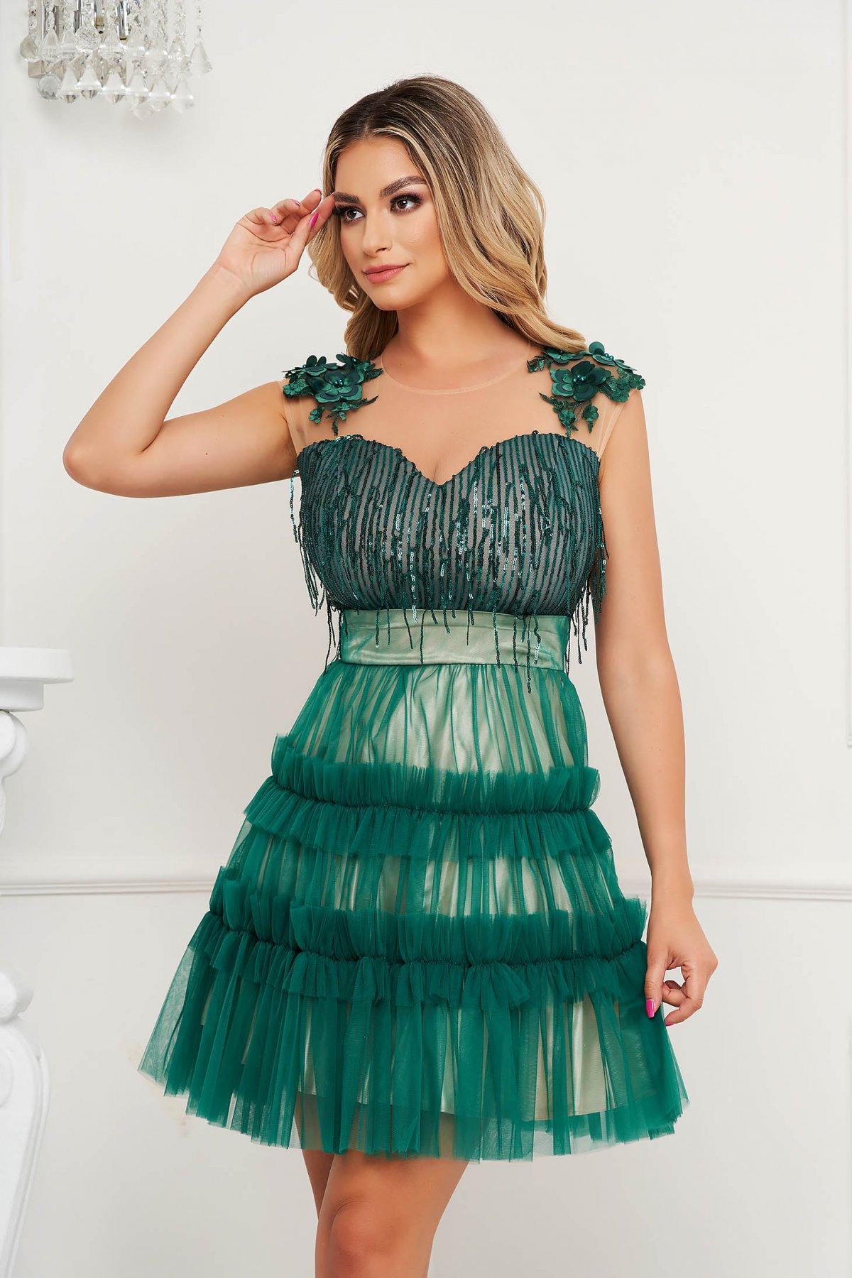 Rochie SunShine verde de ocazie cu croi in a cu aplicatii cu paiete tulle si broderie florala - medelin.ro
