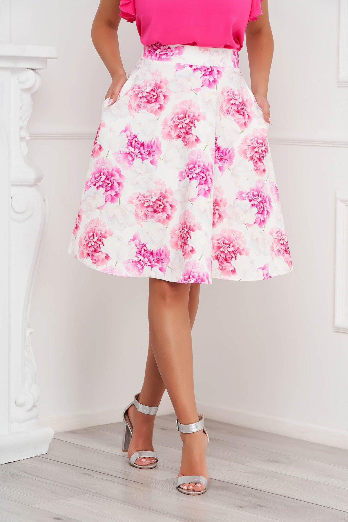 Fusta StarShinerS roz deschis eleganta in clos din material subtire cu imprimeu floral unic