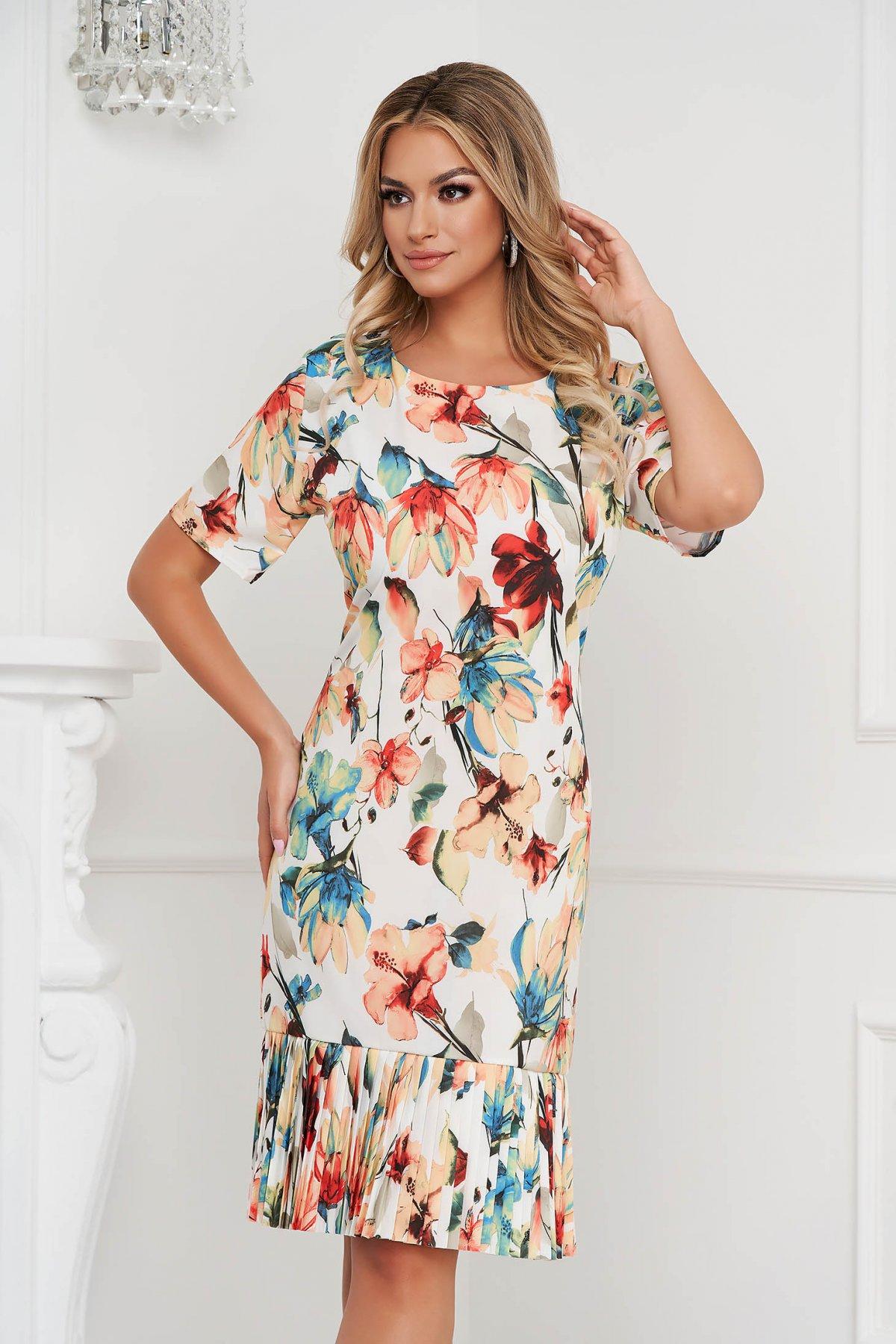 Rochie cu imprimeu floral cu un croi drept cu pliuri de material - medelin.ro