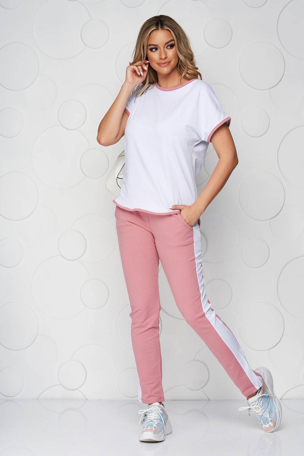 Trening SunShine roz prafuit cu alb din bumbac elastic cu croi larg